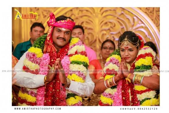 professional Sourashtra candid wedding photography in Madurai