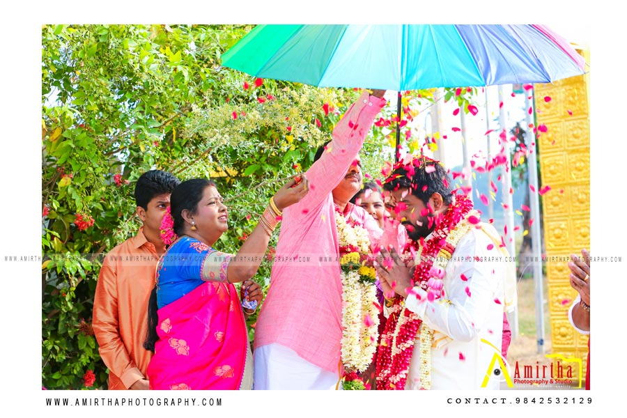 professional Sourashtra candid wedding photography in Madurai