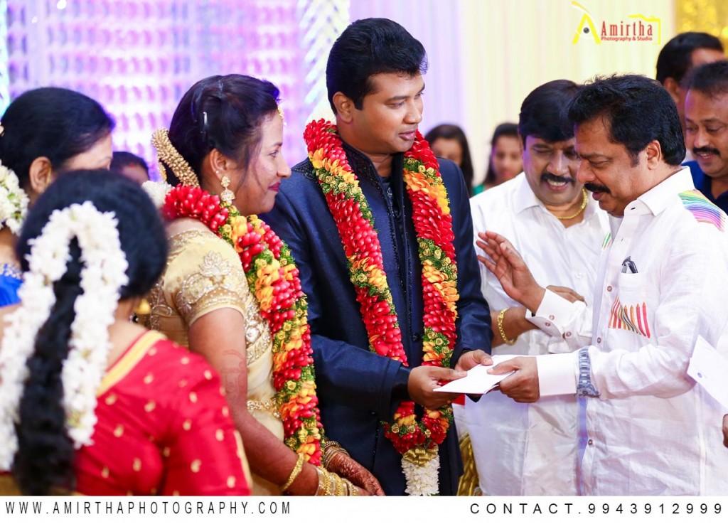 Professional Candid Wedding Photography in Madurai 22 (2)